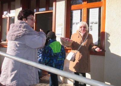 gyerekek-a-szentmisen-es-a-plebanian-2017-05