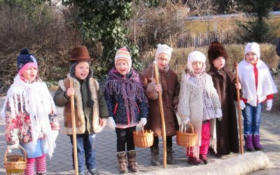 Szent Luca napján az Arany János utca óvodásai jöttek látogatóba